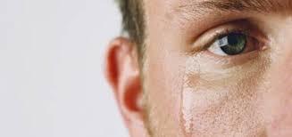 Risultati immagini per frasi sulle lacrime del cuore