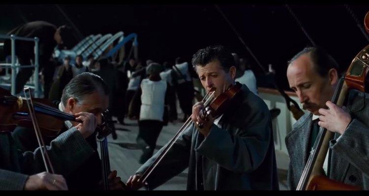 titanic-musicisti-centro-commerciale-mes