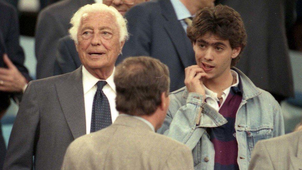 Andrea_e_Gianni_Agnelli_Juve_Ajax_1996.jpg